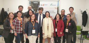 Representantes y especialistas de Argentina, Chile y Perú, equipos directivos de AERyOH y Ginso junto a D. Javier Urra